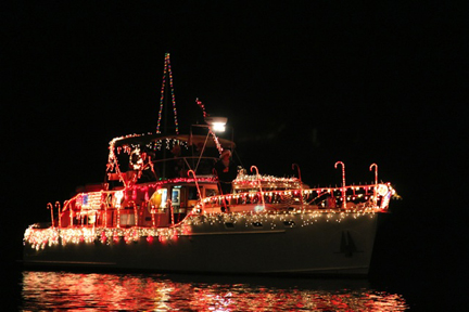 Naples_Boat_Parade, naples island parade, boat parade, canal, alamitos bay parade, alamitos bay boat parade, naples canal parade, naples house decoration competition, belmont parade, Naples Parade, belmont shore, belmont heights, naples island, belmont christmas parade, belmont parade, christmas parade, long beach christmas parade, daisy avenue, downtown long beach, long beach christmas, xmas in long beach, parade, xmas parade, santa claus, decorations, xmas decorations, holiday parade,